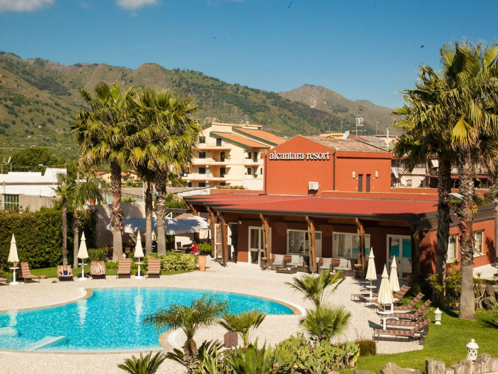 4* Hotel Alcantara Resort
