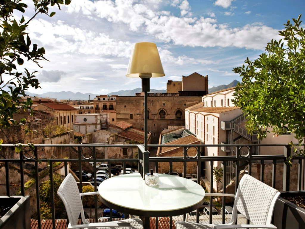4* Porta Felice in Palermo Stadt